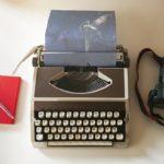 創作のストーリーを作るときに使える3冊の本
